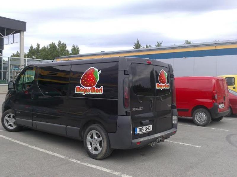 Maasikabuss